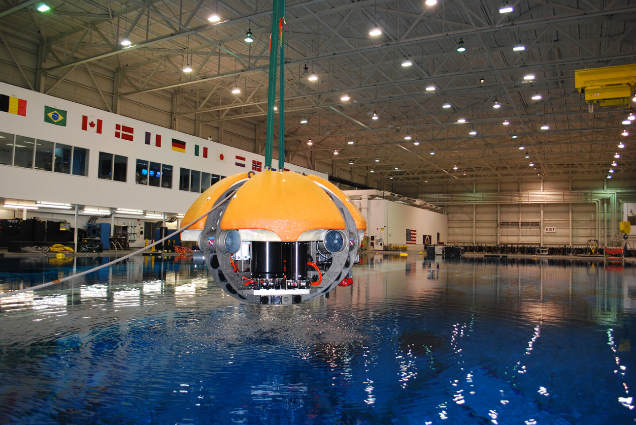 ENDURANCE testing at the Neutral Buoyancy Lab at Johnson Space Center